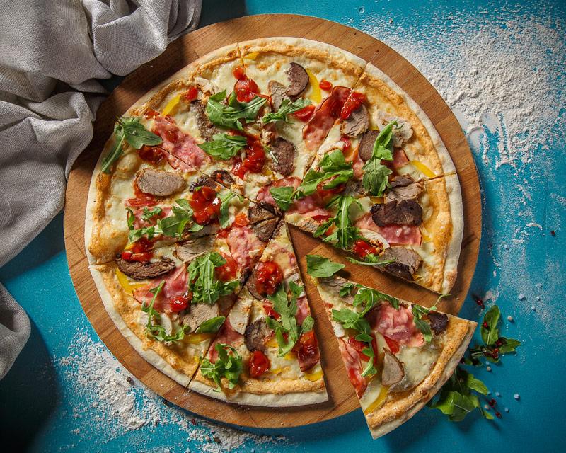Пицца «Батон» 4 мяса с мексиканской сальсой
